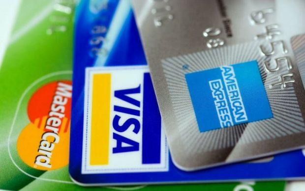 Différence entre Visa et MasterCard : quelle entreprise choisir pour sa carte bancaire ?